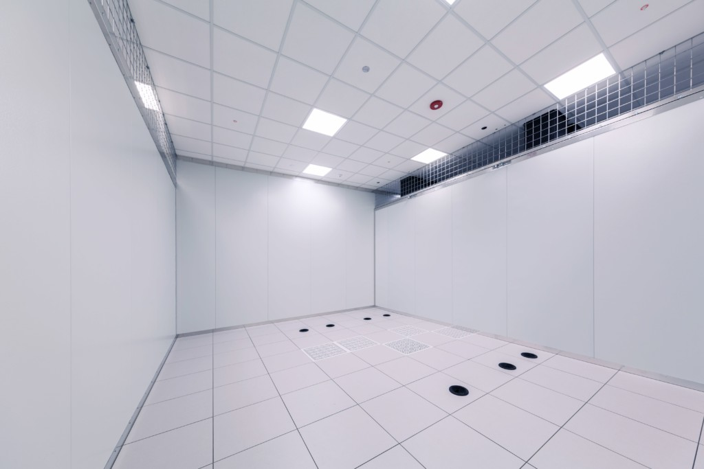 Private client mini- suite in Sirius Data Centers, 300 sq. ft.